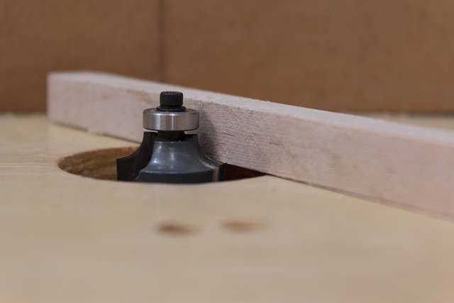 Set router bit height